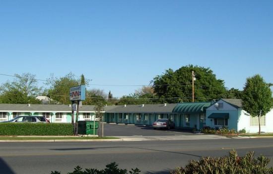 Economy Inn Willows - Exterior View